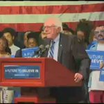 A @BernieSanders supporter at a rally in Evansville, Indiana, had some choice words for the billionaire class. https://t.co/YKdPnoh6Ic