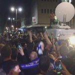 Ya se celebra en las calles de Leicester. La hazaña más histórica de una Liga de fútbol profesional. https://t.co/zED94FuY6B