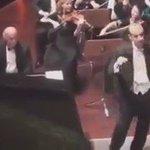 لما يكون جمهورك فاهم موسيقياً 👏👏 https://t.co/O3JRCzT0ur