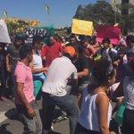 Em frente ao Palácio do Planalto manifestantes protestam contra o presidente da Câmara Eduardo Cunha #ChamaOlimpica https://t.co/PKIsVuIAvR