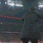 Simeone ha pasado de partido a partido a puñetazo a puñetazo. https://t.co/eBU8gQcnFH