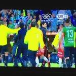 Por Favor vean esto! No saben perder los equipos argentinos en la Libertadores! https://t.co/HjYDNwabTu