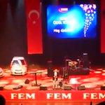 FETÖ üyesi @ertemsener, @EkremDumanliyı burada niye yalıyorsun? Seninle de yakında ilgileneceğiz. Bununla idare et. https://t.co/JkvZGZrS7v