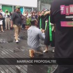 Marriage proposal after her grad, way to go bro 👏🏼💯 https://t.co/AW7ebNuH89