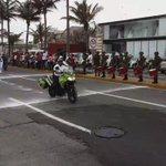 #Video: Inicia en Veracruz el desfile conmemorativo al CLIV aniversario de la Batalla de Puebla. @RamonPooAlcalde https://t.co/cp2EjPNssz