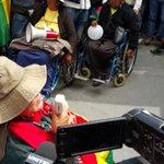 #EnDirecto Señores policías, por favor, no se enfrenten a nosotros, dice una persona con discapacidad https://t.co/9IM0EzOGhB