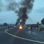 Aeródromo de Queilen también se encuentra tomado #FuerzaPescadores #ChiloeEnCrisis #FuerzaChiloe #FFEE #Chiloe https://t.co/fKZxY3LVvA