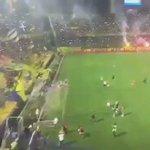 El recibimiento de la hinchada de Rosario Central en el Gigante de Arroyito. Simplemente espectacular😍. https://t.co/bFAvqzUOBf