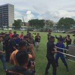 Jenazah mangsa nahas helikopter AS350 tiba di Padang Ibu Pejabat Polis Kontinjen Sarawak. - Video Muhd Zaaba Zakeria https://t.co/SpxiB2foUe