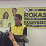 WATCH: @MARoxas asks Sen. Poe to meet w/ him for unity, says dictatorship looming over PH #VotePH2016 @JLDejesusINQ https://t.co/SisiIA0Bd4