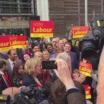 Lab leader Jeremy Corbyn in Sheffield congratulating new MP @gill_furniss & paying tribute to Harry Harpham #LE2016 https://t.co/0PCAsrQOqe