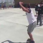 Le premier salto avant avec un hoverboard 😍👌🏻 https://t.co/7Nj6UzEfZN