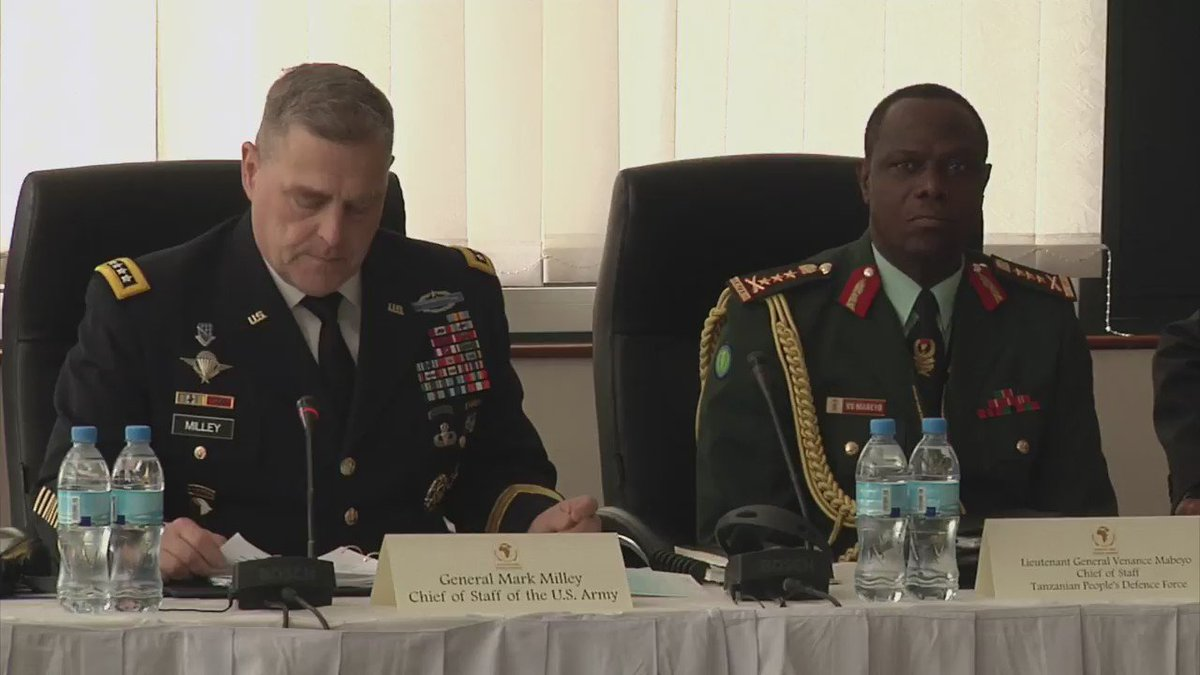 @GENMarkMilley adresses 37 African Land Force Chiefs at #ALFS 2016 in Arusha, #Tanzania #AfricanHorizons @USArmy https://t.co/XSyKBlfDnk