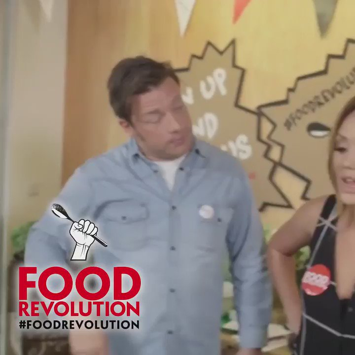 Filthy talk from @Charlottegshore on #FoodRevolution day! https://t.co/wyFXubDKjc https://t.co/RIcYI2F0xi
