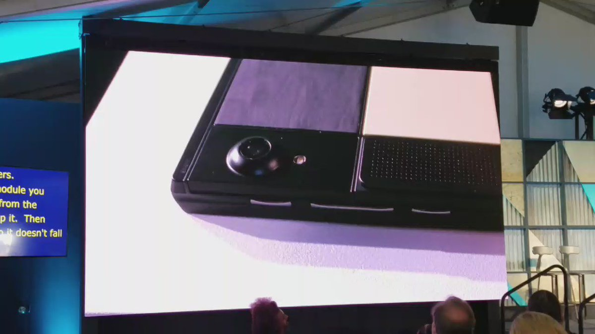 """OK Google, eject the camera."" Now that's what I want in a modular phone. Assuming it only recognizes me, that is! https://t.co/y7gzXpkL8l"