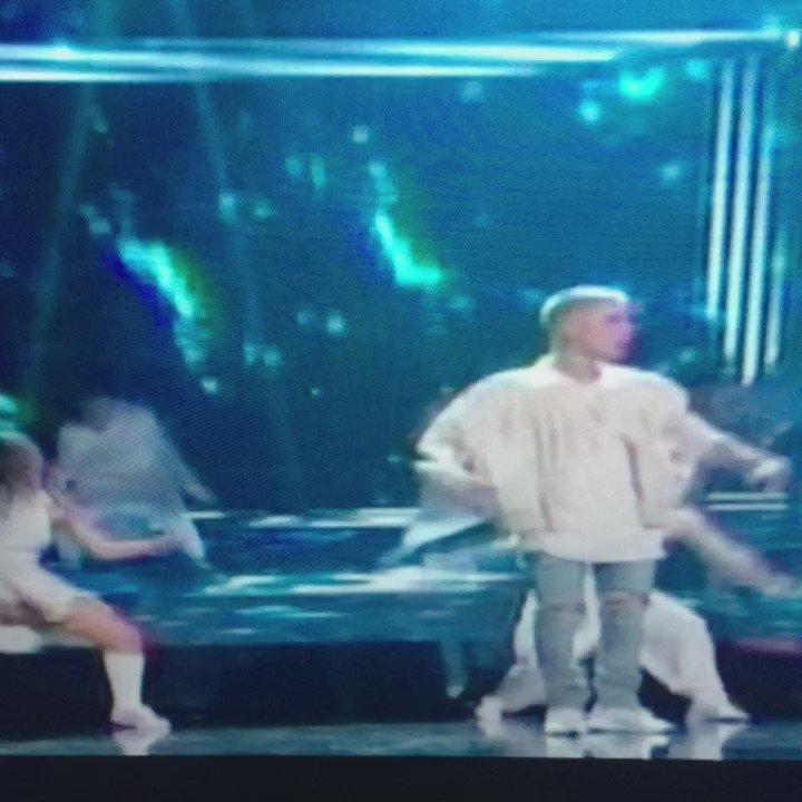 .@justinbieber killing #Company! #bbmas #beliebers @JBCrewdotcom #JustinBieber https://t.co/TOz4J6HHmS