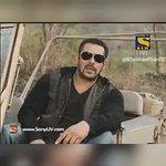 "Mai aa raha huin #Sultan ka Trailer leke! Trailer ka 1stday1st Show zarur Dekhna""#SalmanKhan SULTAN Trailer Tomorrow https://t.co/m4o0IBz1Ze"