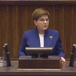 Premier @BeataSzydlo do opozycji. Podajcie dalej! https://t.co/Vqmiqj2Ktp