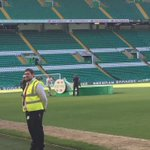 @Leighgriff09 brings the trophy to the #WelcomeBrendan party and brings a bit of #ZombieNation https://t.co/edDBBLVe2p
