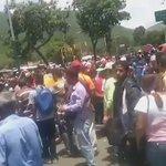 Más de la situación en Carapita. https://t.co/bGgD0x2mWF