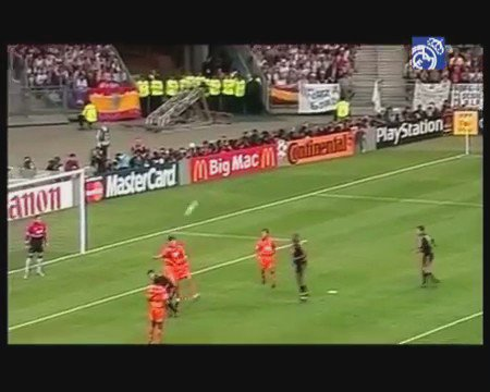Happy Birthday Steve McManaman  Remember this goal in the 2000 Champions League Final?