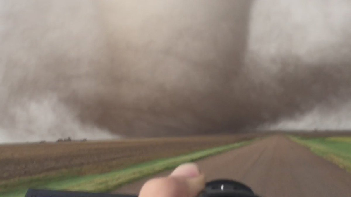 NEW: very strong, large #tornado extreme close range south of Dodge City, KS earlier! @breakingweather https://t.co/YVsOt5dpNp