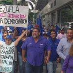 Un Nuevo Tiempo en la calle exigiendo Revocatorio. #YaBasta #TSJvsPueblo https://t.co/A8TGryLY8C
