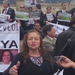 """#Video """"¿Q paz puedo tener cuando tienen mi precioso hijo secuestrado?"""": mamá de secuestrado por Farc #QueRegresenYa https://t.co/M5MRQF39tx"""