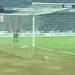 """Semifinal de la Libertadores 2002, #OLIMPIA vs Gremio. Convierte el """"Choco"""" Franco y era la 6ta Final de América... https://t.co/lF4jUGhO4y"""