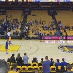 Steph Curry hits his last five launches from near the halfcourt logo before Game 5. https://t.co/oM5oSNgGHv