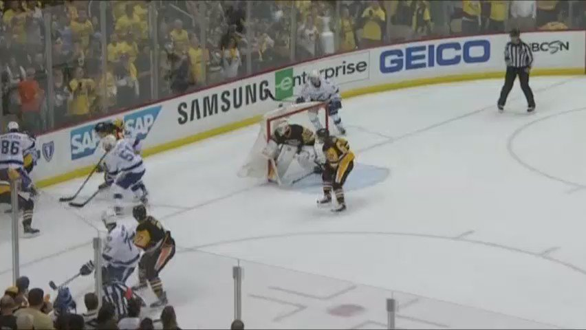 Radio Sync'd Highlight: Mike Lange's radio call at the end of Game 7. #Chills https://t.co/IGbCk52yQ1