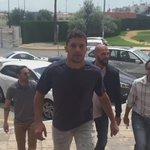 Ya está en Sevilla @RizaDurmisi para convertirse en nuevo futbolista del Real Betis. ¡Bienvenido! https://t.co/I2oAFsDHrX