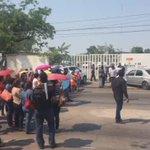 Maestros bloquean Paseo Usumacinta a la altura de la @setabasco https://t.co/BDi47WAZUr