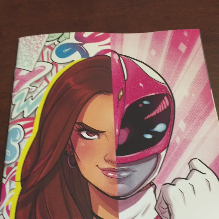 Take a closer look at the @babsdraws Glitter variant for MIGHTY MORPHIN POWER RANGERS: PINK #1! https://t.co/uluIsaZFOy