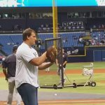 #Bucs Offensive Guard Ali Marpet is throwing out the first pitch at the #Rays game today! https://t.co/cqTbZVSR0p