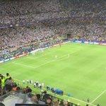"O gol de Cristiano. O pênalti da ""Undécima"". https://t.co/hfUi77D39k"