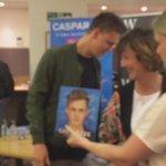 London #CasparLeeBookTour https://t.co/O4hEU1k4K0