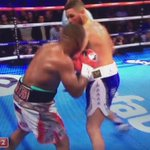 TONY BELLEW KNOCKS OUT MAKABU AND IS THE NEW WBC CRUISERWEIGHT CHAMPION OF THE WORLD!!!!!! https://t.co/0E9eIDRlCr