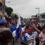 La afición venada invade la calzada principal de Mazatenango, en la celebración de  campeonato de Suchi. https://t.co/JyZtoJkLQl