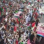 @BBhuttoZardari Overwhelming Welcome In Gujjar Khan The Heart Of Potohaar. #KarwanEBilawal  @BakhtawarBZ @AseefaBZ https://t.co/ReZTIw3KJq