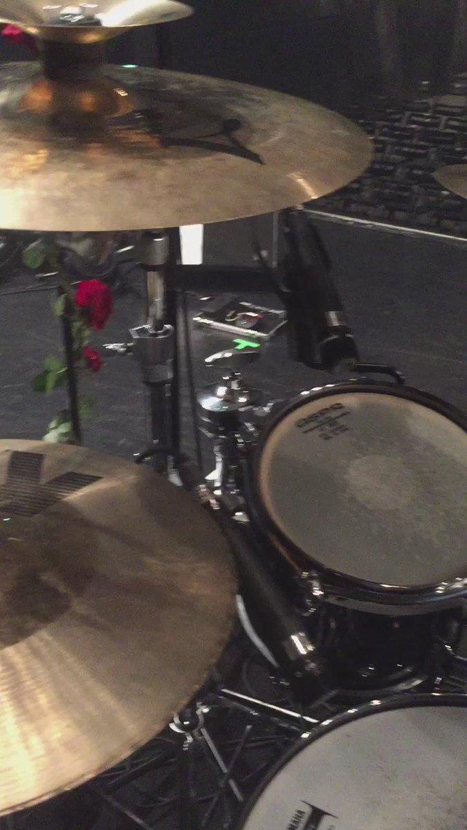 ドラムを叩きながら録る #ドラム https://t.co/shDmauCePp