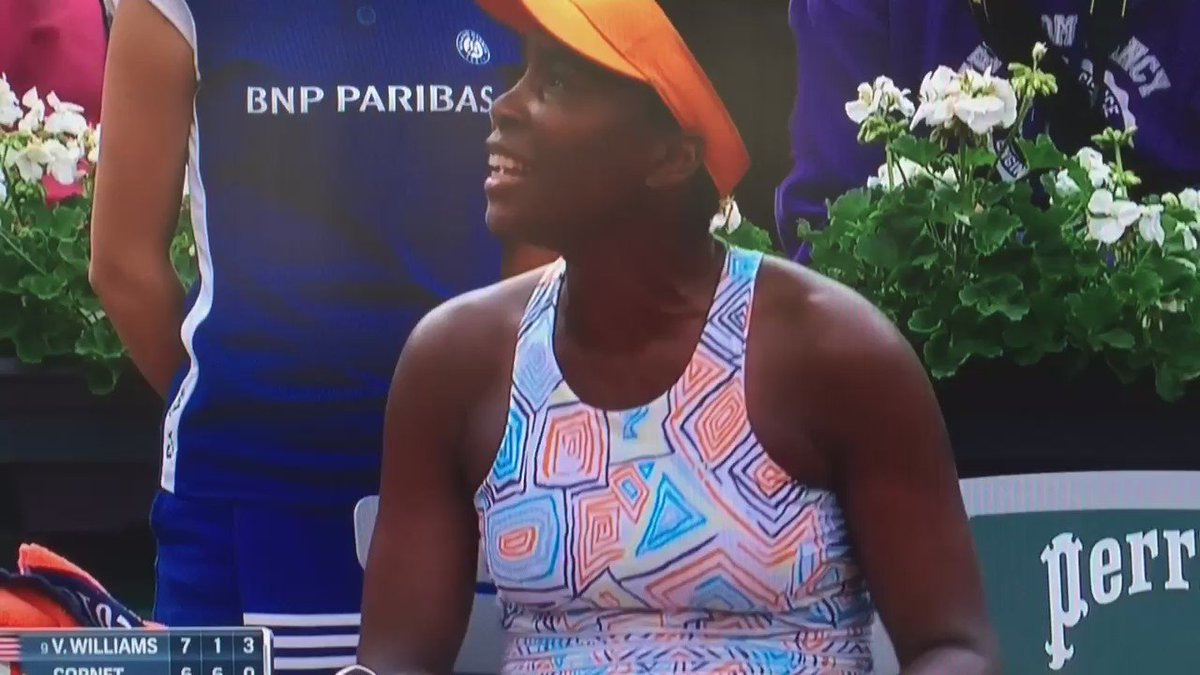 Venus wasn't having it from the chair umpire in the midst of her 6-0 3rd-set demolition of Cornet. #RG16  @NBCSports https://t.co/0dpEqwyjeD
