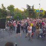 """#ШренатаРевоулиција ја бои """"Порта Македонија"""" #протестирам https://t.co/SUyzWenQs3"""