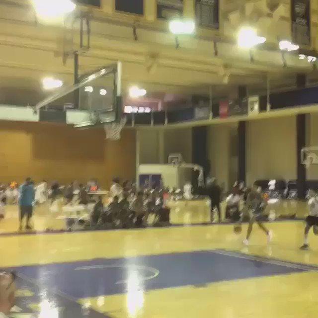 Dunk of the Day at the On the Radar Hoops Atlanta Invitational:   Atlanta Celtics 8th grade @DemondStephens https://t.co/1AGGd21TzA