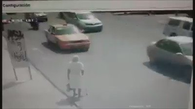 Dont know the location but very inspiring to see how a senior citizen is helped https://t.co/M0EyDMG3eZ
