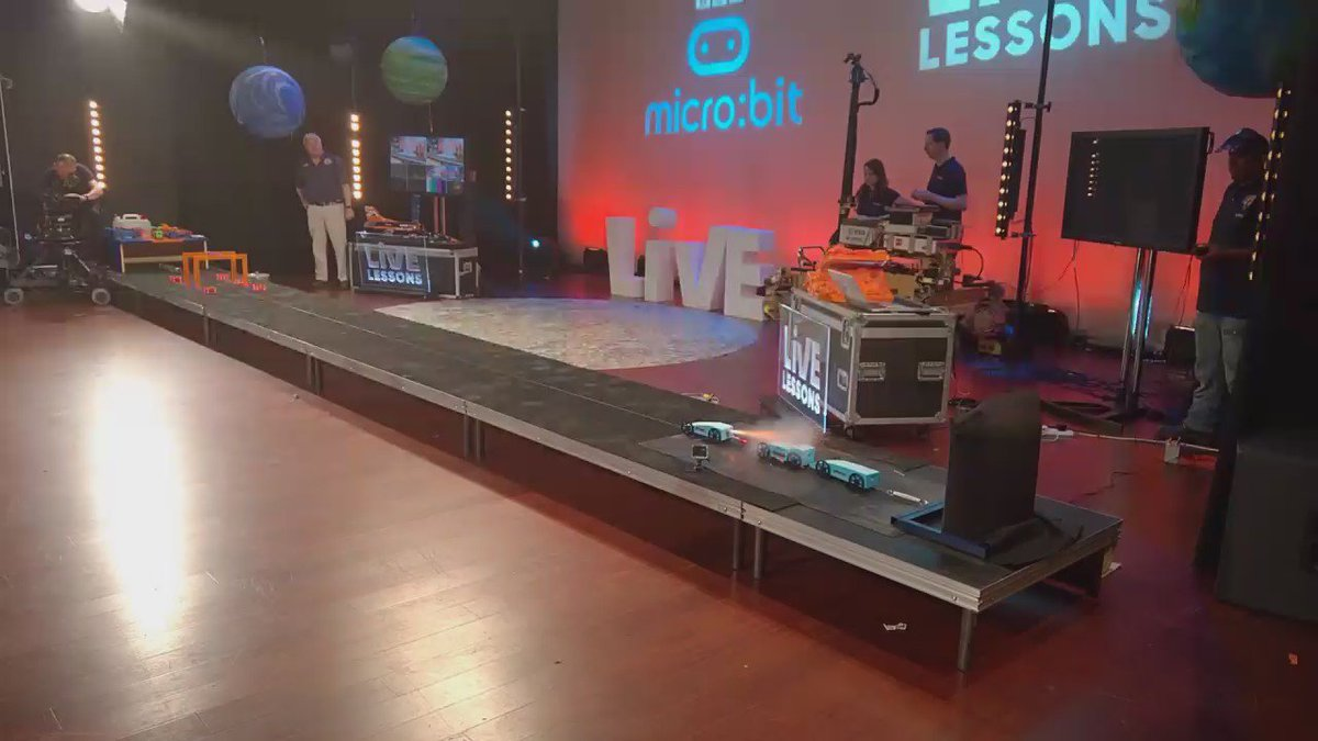 Test launch of @bloodhound_Edu #microbit #rocketcar for BBC Live Lesson https://t.co/V5nn1FF85M