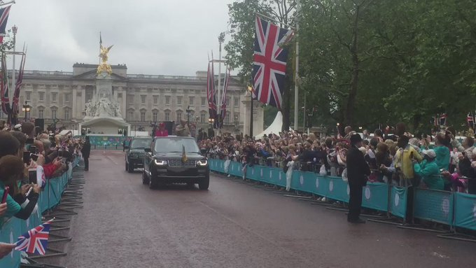 VIDEO: Crows sings Happy Birthday as The Queen and Prince Philip travel down The Mall