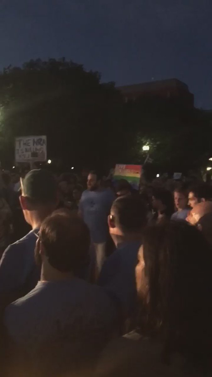 "People are singing ""We are not afraid"" at vigil at #WhiteHouse. #LoveConquersHate https://t.co/54Srl1EwtC"