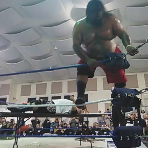 Fixed link here's Terex doing a moonsault off the top rope through a table @FCW_SanDiego https://t.co/zIH5xNUr5K