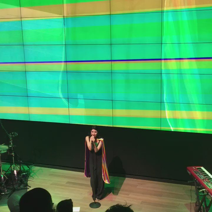 .@MarinasDiamonds brings out a rainbow cape for #FROOT!